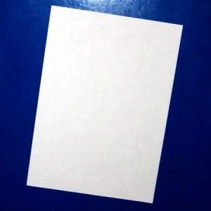 Бумажные листы.